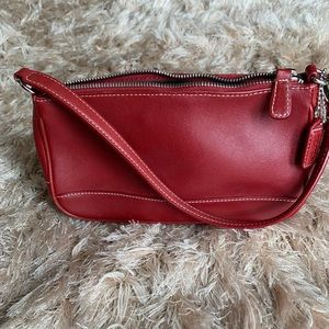 Red Leather Coach Small Purse ♥️